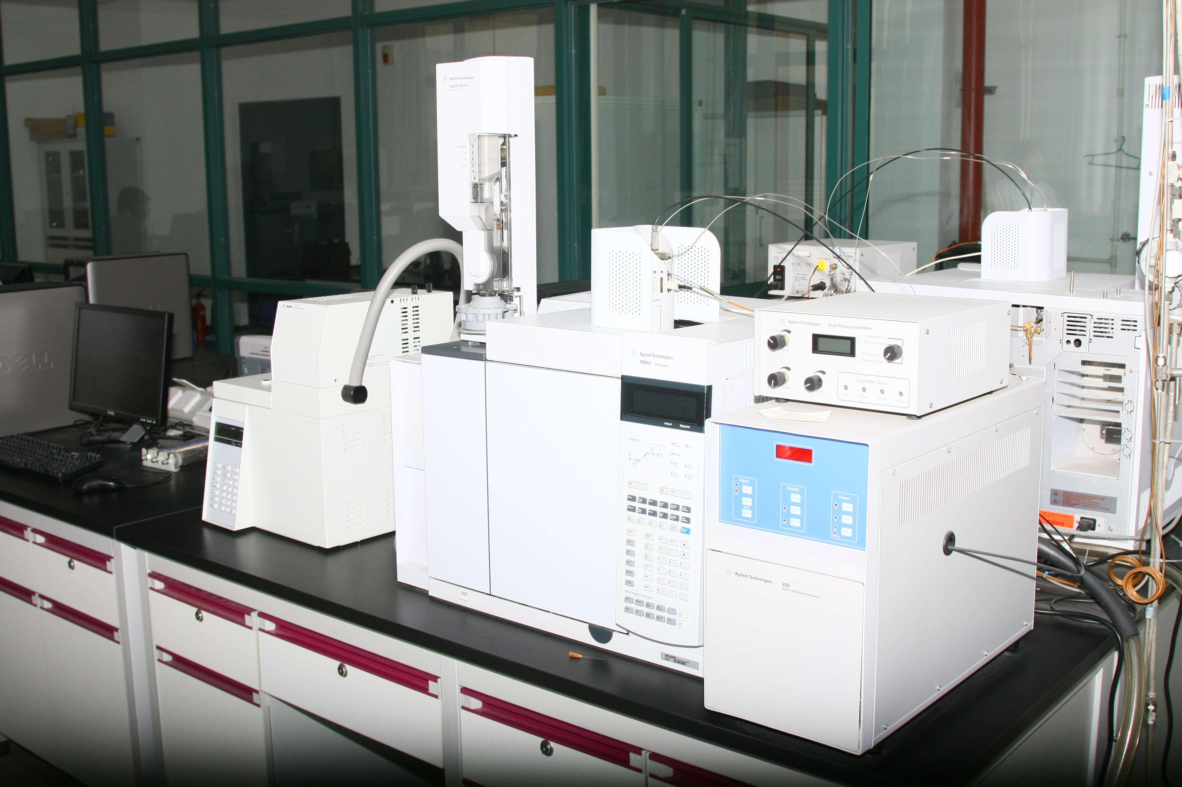 安捷伦7890A-SCD型气相色谱仪
